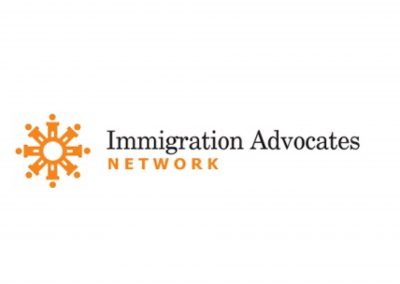 Immigration Advocates Network (Red de Defensores de Inmigración)